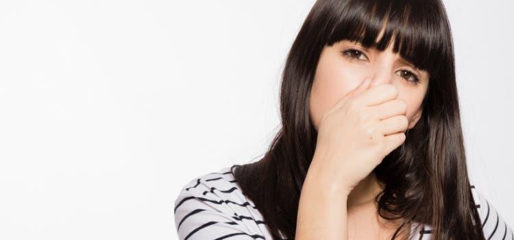 Les vêtements peuvent sentir la transpiration même après lavage.
